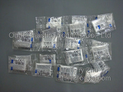 PE Gloves with Single Packing of Roll